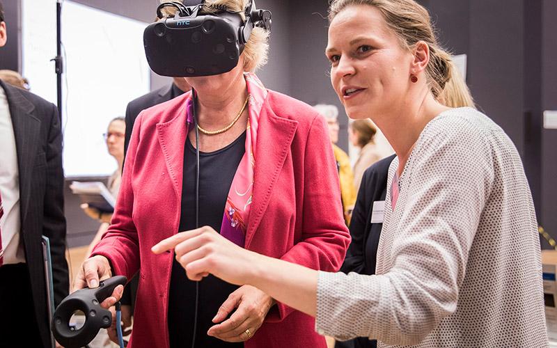 Zwischenbilanz bei museum4punkt0: digitale Technologien eröffnen neue Erlebniswelten im Museum