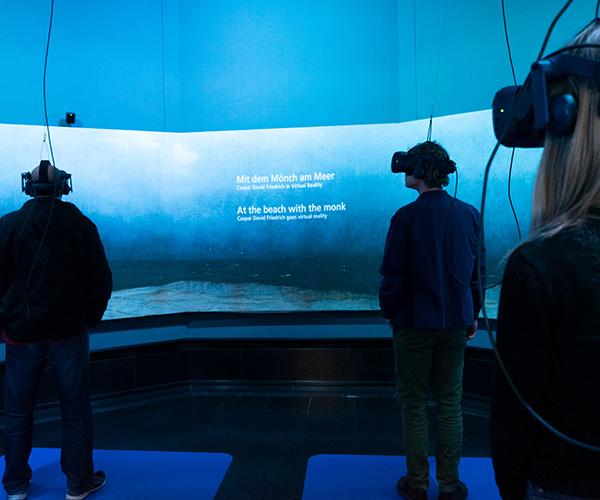 """VR-Flächen der Installation """"Mit dem Mönch am Meer"""", Foto: Ceren Topcu, CC BY 4.0"""